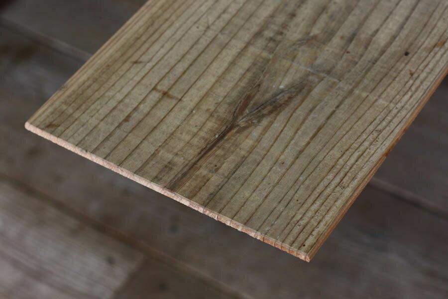 OLD ASHIBA(足場板古材)フリー板【T-5シリーズ】厚5mm×幅180mm×長さ810〜910mm 無塗装[受注生産] 【小型商品】