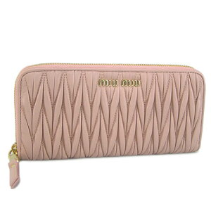 30代の女性に似合うミュウミュウの財布