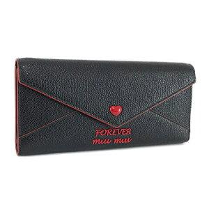 30代の女性に定番ミュウミュウの財布
