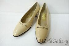 【中古】フェラガモFERRAGAMOレディース婦人靴パンプスロゴ金具7D24cmベージュ系