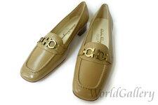 【展示品】【美品】フェラガモFERRAGAMOSalvatoreFerragamoレディースパンプス靴サイズ6,5D23,5cm24cmベージュガンチー二ロゴレザー革定番人気【中古】