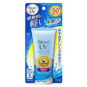 花王ビオレさらさらUVアクアリッチウォータリエッセンス SPF50+ 50g 24個セットKao Biore 4901301305169 感動的に軽い水感エッセンス。みずみずしくうるおうのに強力紫外線カット。強力紫外線から肌をしっかり守り、日やけによるシミ・ソバカスを防ぎます。