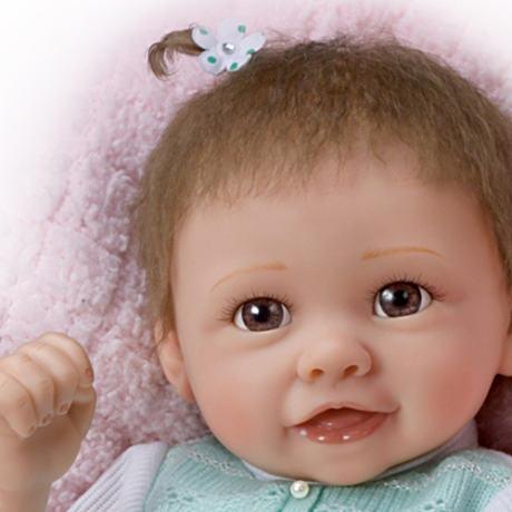 【アシュトンドレイク】Touch-Activated Lifelike Baby Girl Doll With Movin/赤ちゃん人形/ベビードール