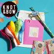 コンフェッティKNOT&BOWバースデーバッグ(紙吹雪、カード、キャンドル、風船、ホイッスル)