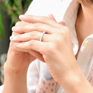 「[H&C鑑別書付]ハーフエタニティダイヤモンドリング(指輪)スイートテンダイヤモンド1.0ctSI無色HupPt900」