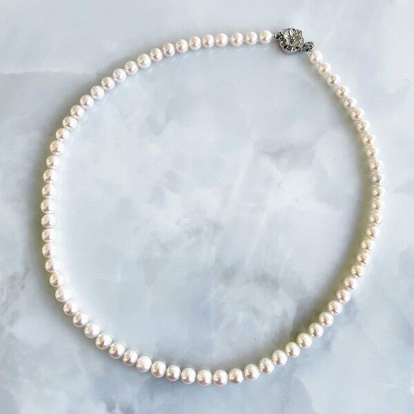 アコヤ本真珠ネックレスホワイト系5.5-6.0mmBCC《初めての方におすすめ》 n2 akoyapearlnecklace(真
