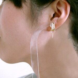 「2本のエレガントなラインが美しいダイヤイヤリングピアス金具(K18)」