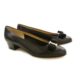 【ご予約会対象品】 フェラガモ 靴 パンプス FERRAGAMO VARA 0574571 NERO 【VARA】 【shl】【zkk】【sws】【hkc】【scd】【glw】【pps】【お取り寄せ】