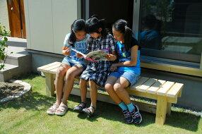 bench-d04