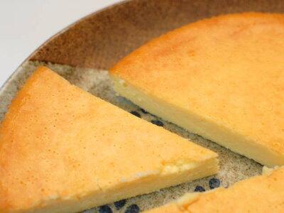 フランス産のチーズをたっぷりと使ったチーズケーキ