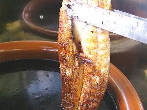 国産の肉厚の鰻だけを使った蒲焼