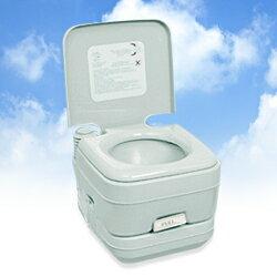 レジャーや介護の場面で大活躍するポータブルトイレ!本格派・ポータブル水洗トイレ 2層式 10リ...