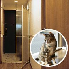 ☆レビュー記入で500円クオカードをプレゼント☆愛猫の安全を守る、猫の脱走防止用突っ張り式パ...