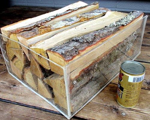 焚き木 広葉樹 宅配80サイズ段ボール箱入り1箱 長野県 薪の長さ約30~35cm 参考:重量約5~6kg前後