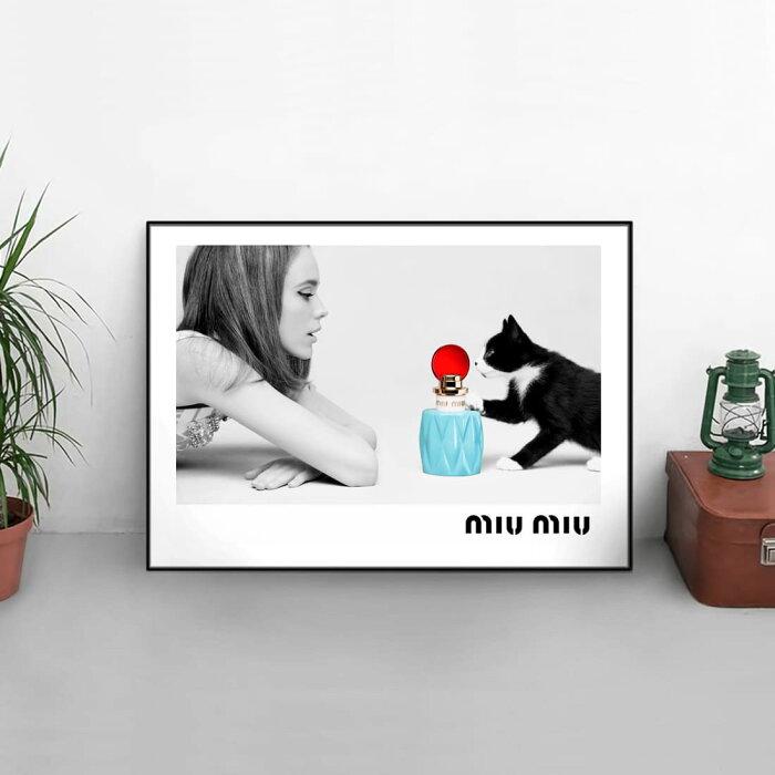 【 お部屋のイメチェン!!+ 送料無料 】【 Grace cat Art 】サイズが選べるアートポスター + アルミスキニーフレーム額装セット / アート / キャンバス アート / グラフィック アート / インテリア ギフト【 オマージュモチーフ:MIU MIU / ミュウミュウ 】