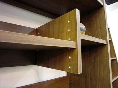 棚板は6段階の高さ調節が可能