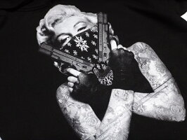 マリリンモンローギャングスターフーディープルオーバーパーカーバンダナ二丁拳銃