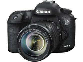 CANON数码单反照相机EOS 7D Mark II EF-S18-135 IS STM透镜配套元件[类型:单反像素数:2020万像素(有效像素)摄像元件:APS-C/22.4mm×15mm/CMOS连写拍摄:10片断/秒重量:820g]