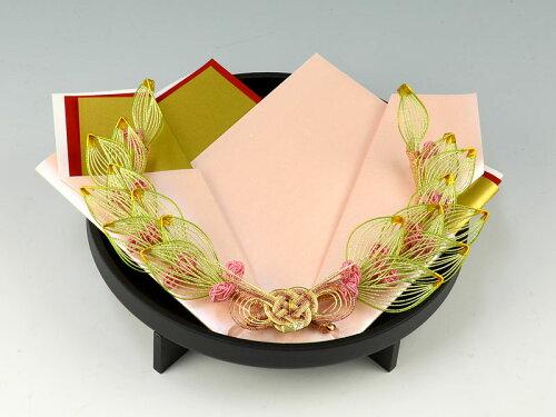結納返し-関東式-孔雀黒塗台指輪・記念品用飾り台