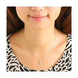 ホワイトゴールド0.3ctダイヤ3ストーンペンダント/ネックレス(ファッションネックレスペンダント天然石ダイヤモンド)