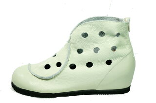 日本製サマーブーツインヒールファスナーパンチングブーツ本革痛くない靴疲れない靴黒本革レディース靴ぺたんこ送料無料