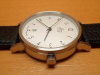 ラコ腕時計