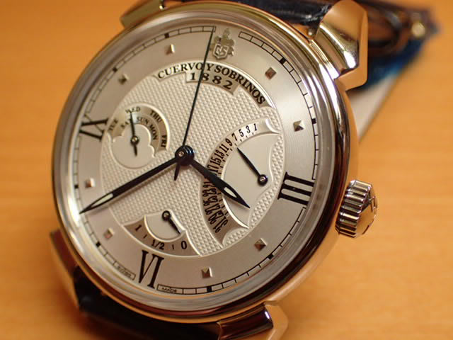 クエルボイソブリノス 腕時計 トルピード ヒストリアドール レトログラード 正規商品 Ref.3194-1A 【クエルボ・イ・ソブリノス】 無金利分割も可能です。