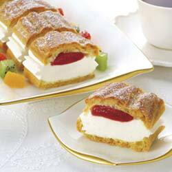 フリーカットケーキシュークリーム(イチゴ)335g味の素フルーツ味果物味苺味いちご味イチゴ味スイーツおやつデザート洋菓子苺屋台学