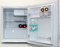 特価品!小型冷蔵庫ZR-70