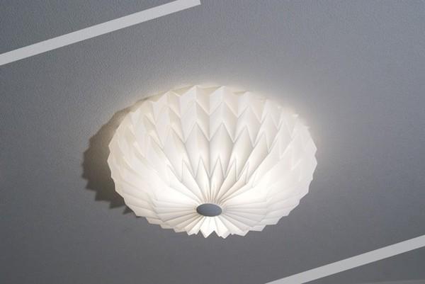 シーリングライト(照明器具) リモコン付き 調光調温 リモコン三段調節 北欧風 厚み約17cm 円形 〔リビング照明/ダイニング照明〕【電球付き】【代引不可】