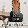 持つだけでおしゃれな「チェーンバッグ」、秋冬ファッションのアクセントになりそうなのは?