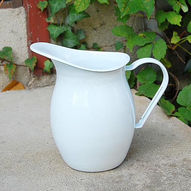 「ホーローピッチャーホワイト」白 ほうろう ホウロウ 琺瑯 キッチン 花器 ポット 無地 水やり おしゃれ