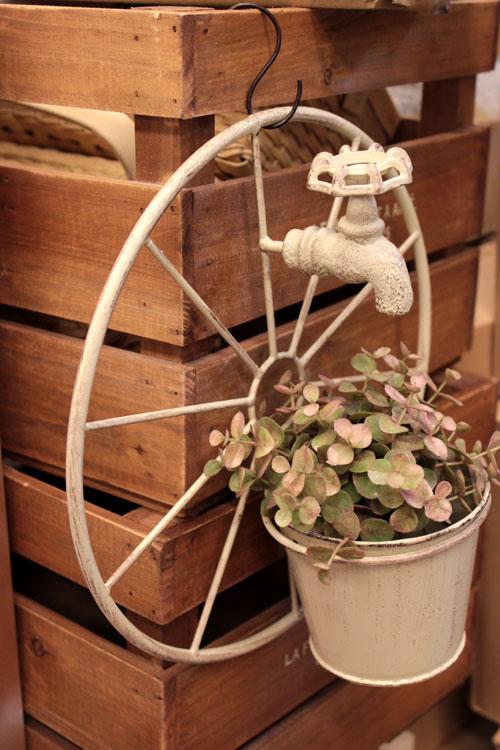 タップウィールポット ナチュラル ホワイト アイアン製 蛇口付き車輪 おしゃれ 植木鉢 鉢