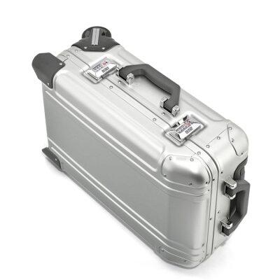 ZEROHALLIBURTONのスーツケース 内装