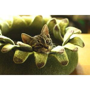 とってもキュートな猫ハウス♪エレベレ ★ elevele ウールフェルト製 猫ベッド お花型 グリ...