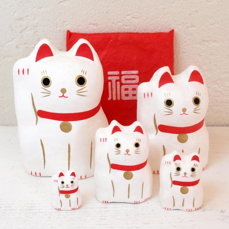 和 はりこーシカ 招き猫 白の写真