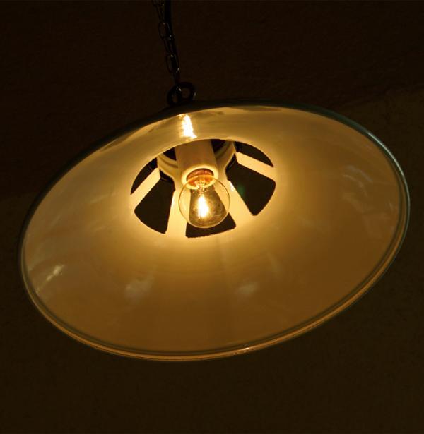 (HOMESTEAD) ホーローフレンチ ランプシェード(HS643)の写真