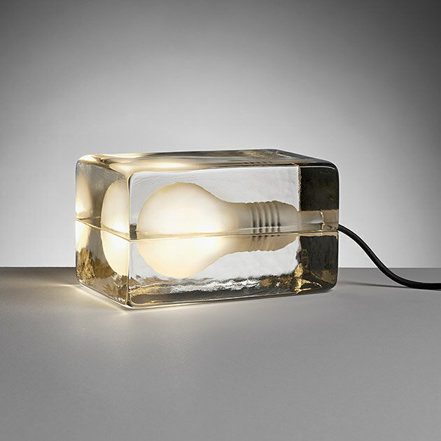 Design House Stockholm BLOCK LAMPの写真