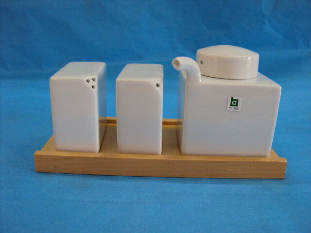 白山陶器  ンディメントセット 白磁 木台付