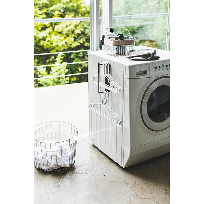 山崎実業 マグネット洗濯ハンガー収納ラック タワー S ブラック 3691の写真