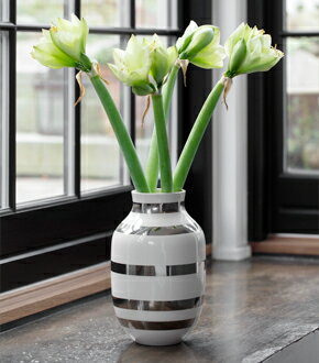 kahler ケーラーomaggio vase オマジオ フラワーベース l  シルバー 15213 h: の写真