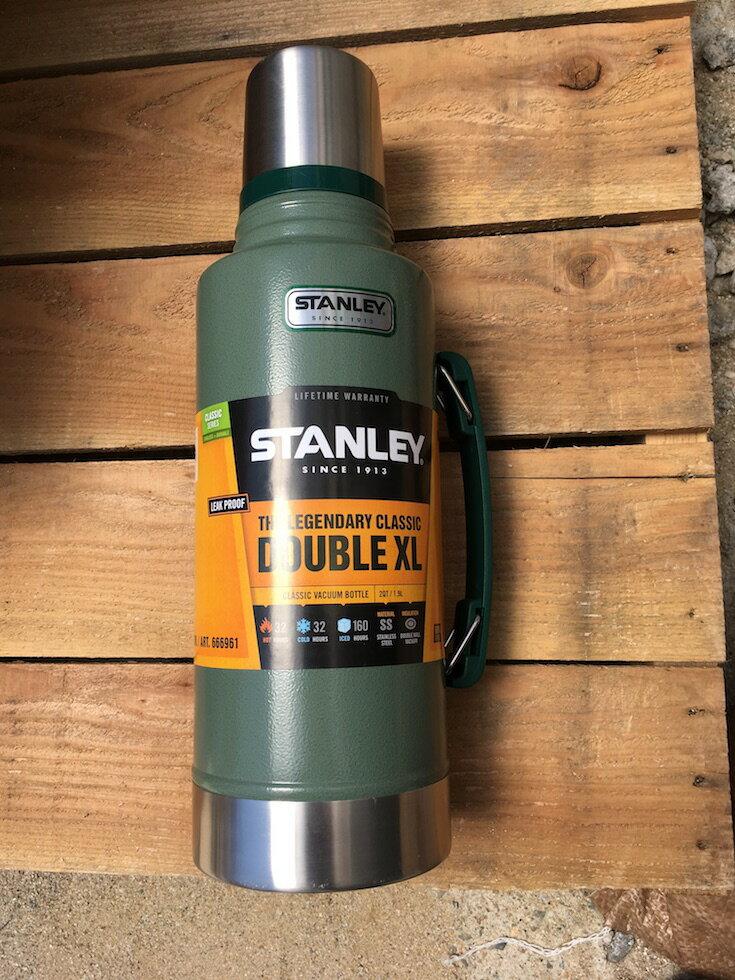 stanley クラシック 真空断熱ボトル   classic vacuum bottlの写真